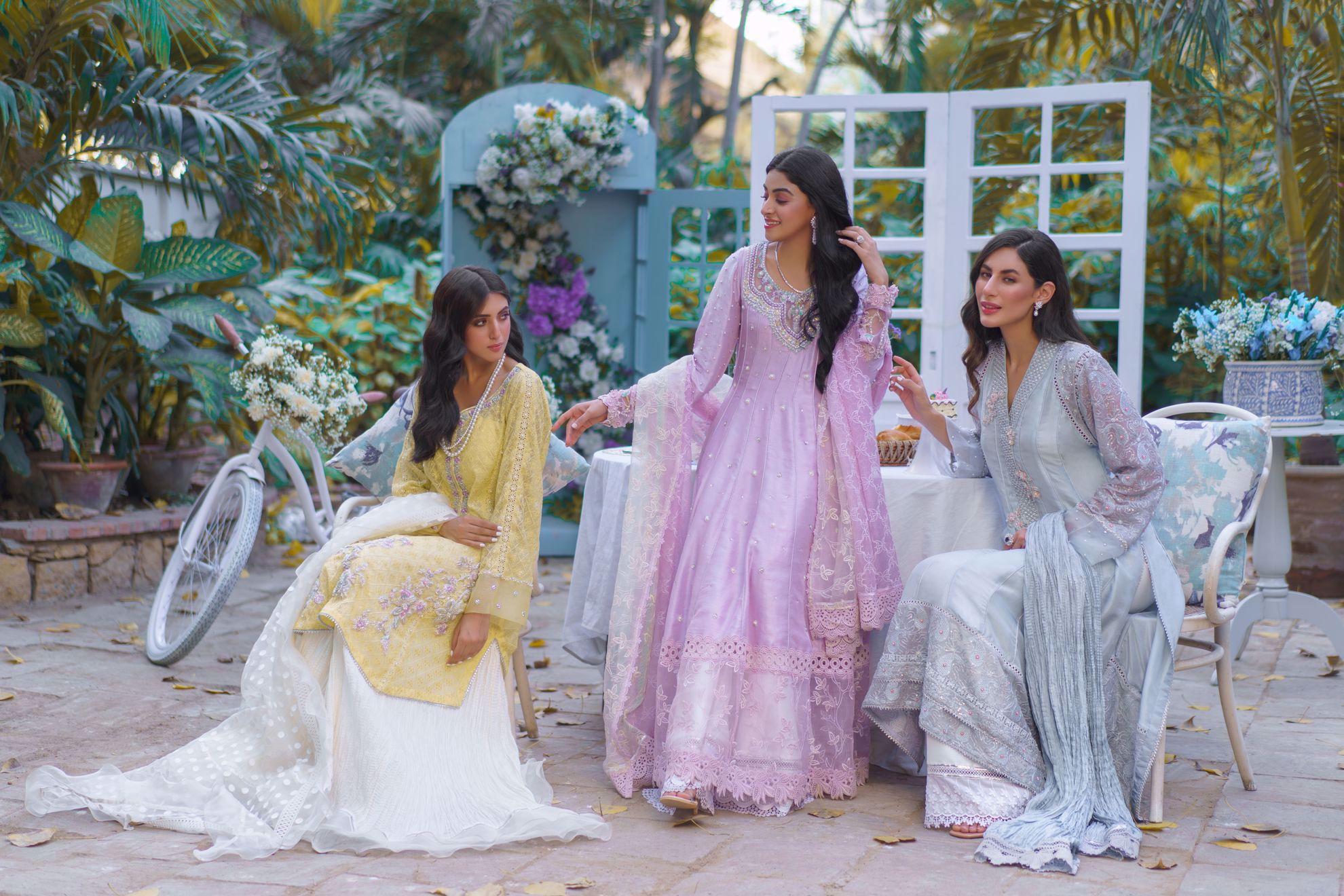 Picture of Noor, Lavender pure silk Kalidaar